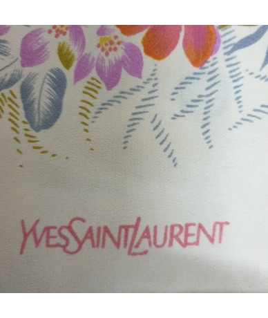YVES SAINT LAURENT Foulard vintage in seta