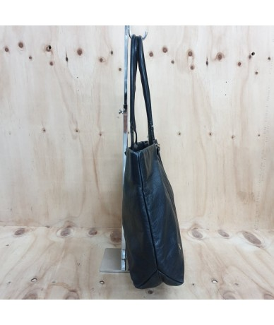ROBERTA DI CAMERINO Shoulder bag in black leather
