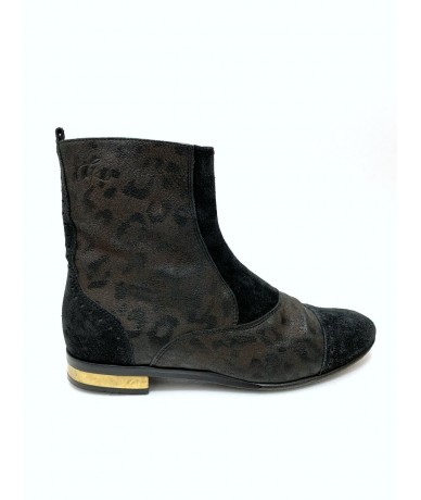 Golden Goose deluxe ankle boots size 36.5 in leather and suede