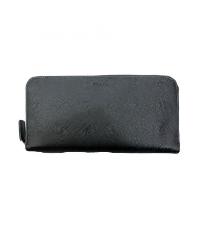 Prada black saffiano woman wallet