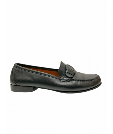 Salvatore Ferragamo leather loafers size 7 US (It 38)