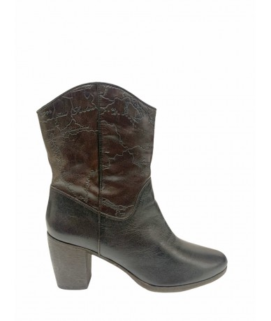 Alviero Martini ankle boots in leather size 40 brown